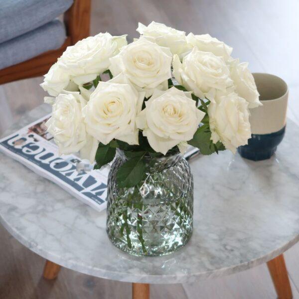 Witte Brievenbusrozen brievenbusbloemen
